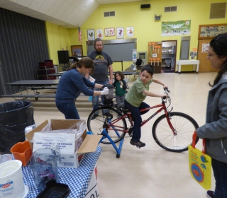 Students and family members also got a taste of frozen berries at Read Across America night, where Farm to School offered bike-blended smoothies!