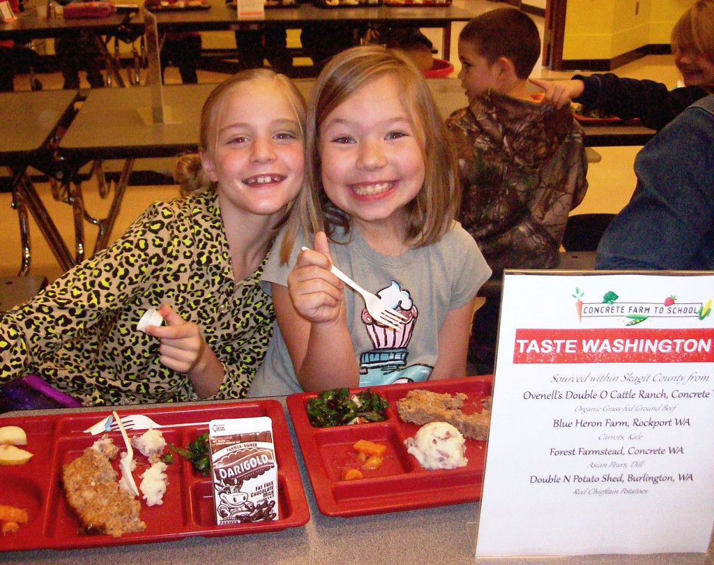 Students enjoy a local lunch on Taste Washington Day, October 7th, 2015.